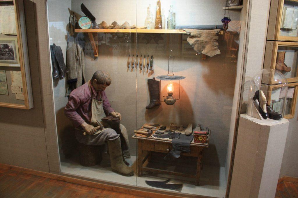 кимры обувь Архив музея.jpg